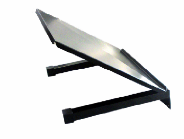 Artnr:91550 Ingen framkant som hindrar och ingen klämrisk. Plastpluggar reducerar oljud. Monteras på galler ovanför avfallskärl.